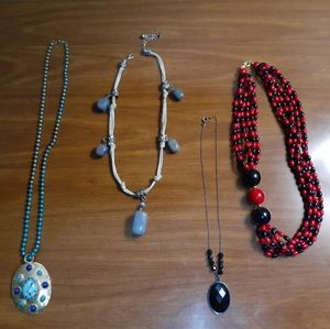Bundle of 4 vtg necklaces